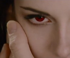 Twilight Saga: Breaking Dawn Part 2 - Official Tra