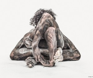 Dancers Transformed Into Abstract Human Sculptures