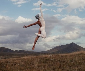 Mindblowing Images Of Dancers In Nature
