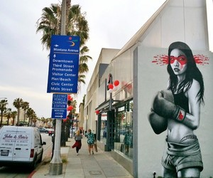 Kid Gloves – New Mural by Fin DAC in Santa Monica
