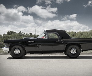 1957 Ford Thunderbird F-Bird