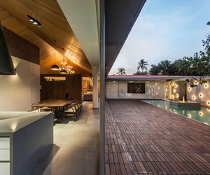 Tropical House by Design Work Group, India