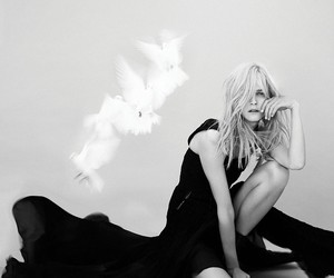 Carmen Kass by Dusan Reljin In Like a Bird