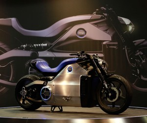 Voxan unveils 200hp Wattman electric motorcycle