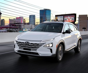 Hyundai Unveils Fuel Cell EV NEXO at CES 2018
