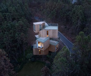 Bengo Studio's Qiyunshan Tree House Hotel in China