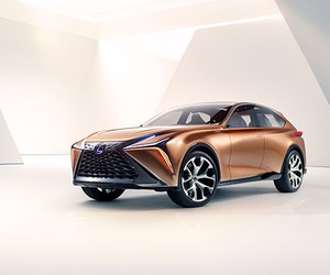 Lexus Unveils The LF-1 Limitless Concept