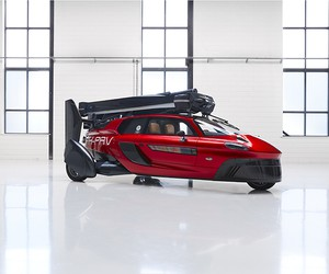 Pal-V Unveils World's First Commercial Flying Car