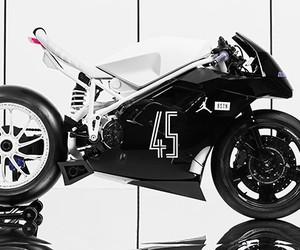 Impuls x BSTN Store Ducati 916 'Concord'