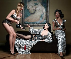 CHRISTIAN LOUBOUTIN TEAMS UP WITH DITA VON TEESE