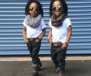 """""""2YungKings"""" – Young Twin Style Brothers"""