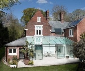 The Glass House in Winchester by AR Design Studio