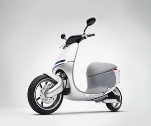 Gogoro introduces world's first SmartScooter