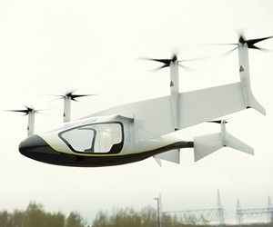 Rolls-Royce Reveals Electric Flying Taxi Concept