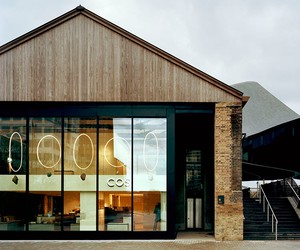 COS Coal Drops Yard store / Heatherwick Studio