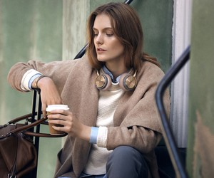 The all new BeoPlay H8 wireless headphones