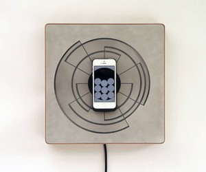 SPIRA IPHONE CHARGER AND CLOCK BY ALICE ROBBIANI