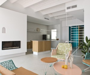 Rocha Apartment by Colombo and Serboli Architects