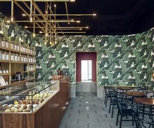 Odette Tea Room by Hugon Kowalski