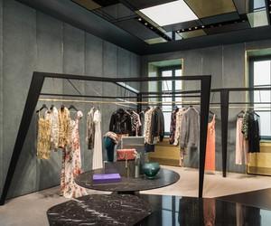 Lagrange12 Boutique in Turin by Dimorestudio
