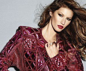 Gisele Bündchen for Vogue Brasil December 2013