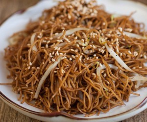 Hong Kong Soya Sauce Fried Noodles