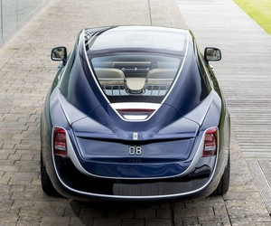 Rolls-Royce Unveils Its Stunning Sweptail