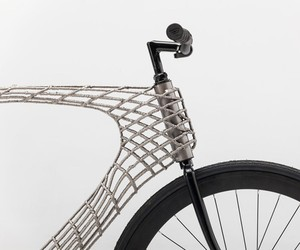 3D-Printed Stainless Steel Arc Bicycle