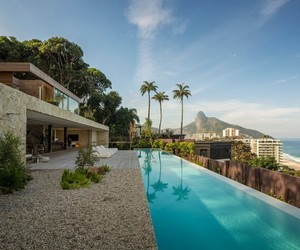 Casa AL Rio de Janeiro by Studio Arthur Casas
