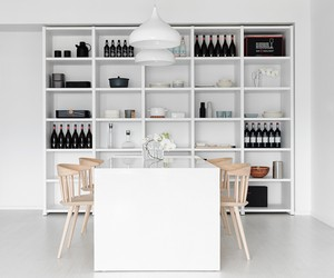 MINIMALIST APARTMENT BY TAI & ARCHITECTURAL DESIGN