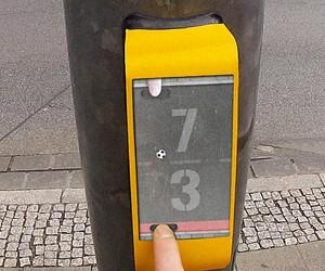 ActiWait – A Smart Traffic Light Button