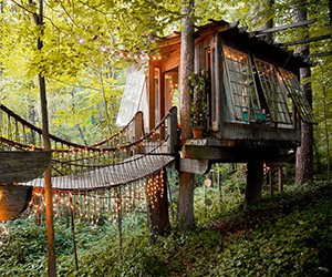 10 Awesome Treehouse Vacation Rentals on Airbnb