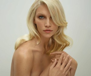 Aline Weber by Thomas Whiteside