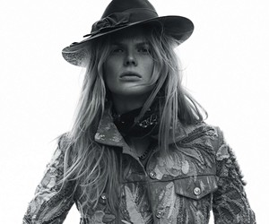 Anne Vyalitsyna by Jan Welters for Elle France