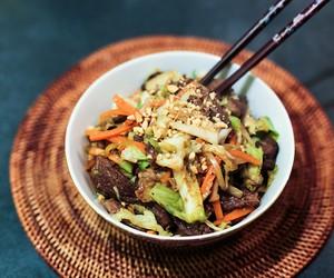Beef and Vegetable Stir Fry in Peanut Sauce