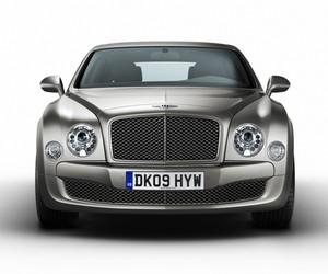 Bentley Mulsanne, The Ultimate Tech Car Setup