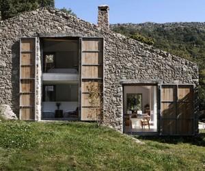 Rustic Spanish Barn Residence