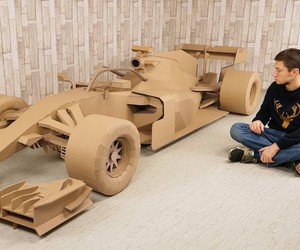FORMULA 1 Car made from Cardboard