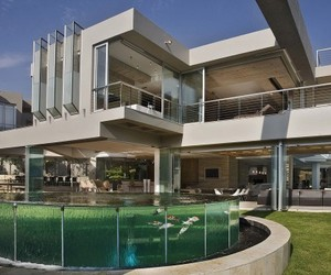 'Glass House Project' By Nico Van Der Meulen