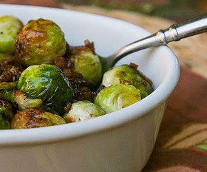 Balsamic Braised Brussels Spouts with Bacon