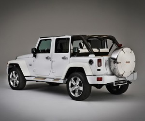 Jeep Wrangler Unlimited &quot;Nautic&quot;