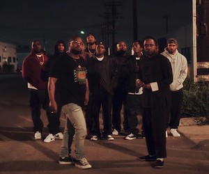 "Kendrick Lamar – ""DNA."" (Official Video)"