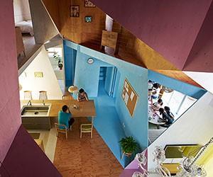 Kochi Architects builds a Kaleidoscopic House