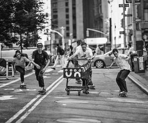 "Skateboarding: ""Manhattan Days"" – A Film by Pontus"