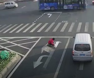 Man paints new streetsigns so he's quicker at work