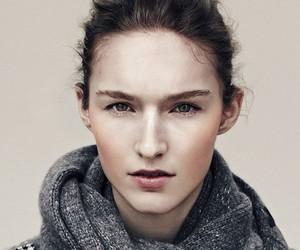 Manuela Frey / Emma Tempest (Exit)