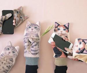 Neko Mittens-Cute Japanese Mittens Shaped as Cats