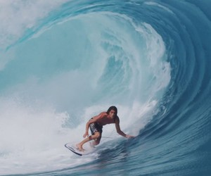 """""""Welcome Elsewhere"""" – Surfing Film with Craig Ande"""