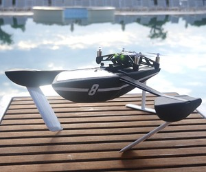 Parrot Hydrofoil MiniDrone Flies and Swims