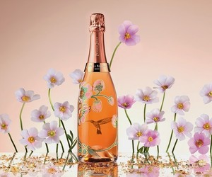 PERRIER-JOUËT BELLE EPOQUE ROSÉ BY VIK MUNIZ